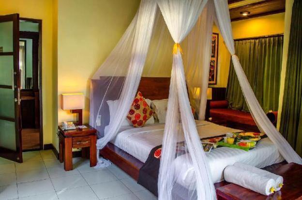 4 BR Luxury Bedroom with Private Villa w/Pool