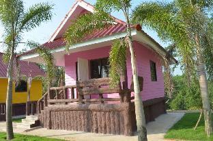[ワンナムケオ]一軒家(30m2)| 1ベッドルーム/1バスルーム Baan see-chompoo (pink house)