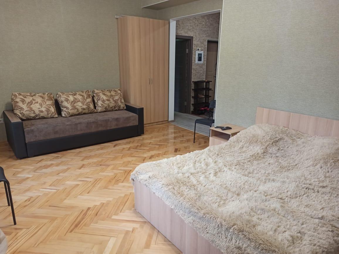 3 Room Apartment In The Resort Of Zheleznovodsk