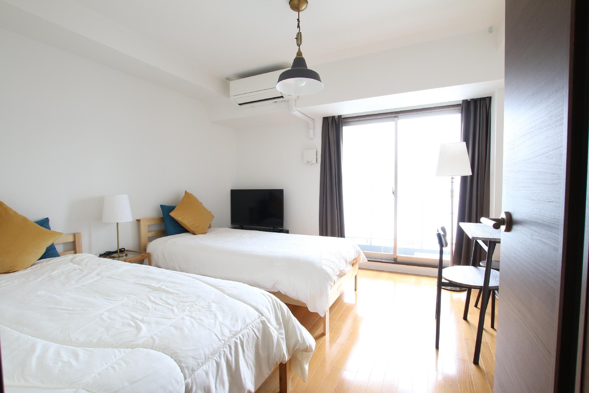 Near Namba Niponbashi Shinsaibashi Lux Room 102