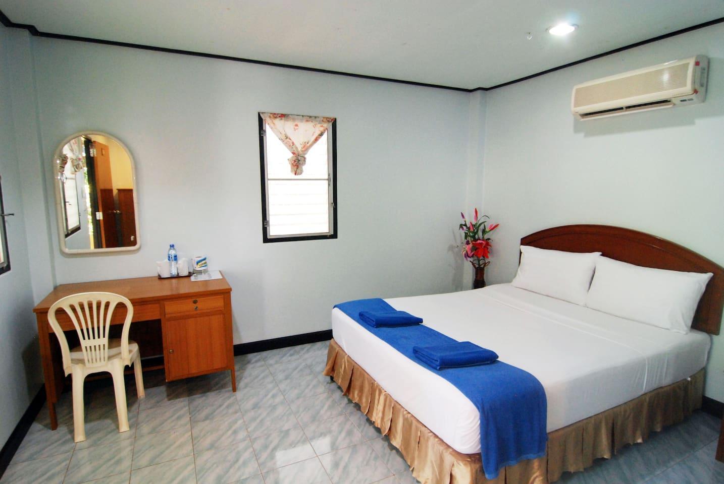 Lanta Coral Beach Resort อพาร์ตเมนต์ 1 ห้องนอน 1 ห้องน้ำส่วนตัว ขนาด 15 ตร.ม. – เกาะลันตาน้อย