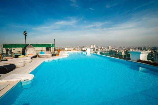 3Bdr Luxury Apartment,  Skyline Pool in District 3 Ho Chi Minh City