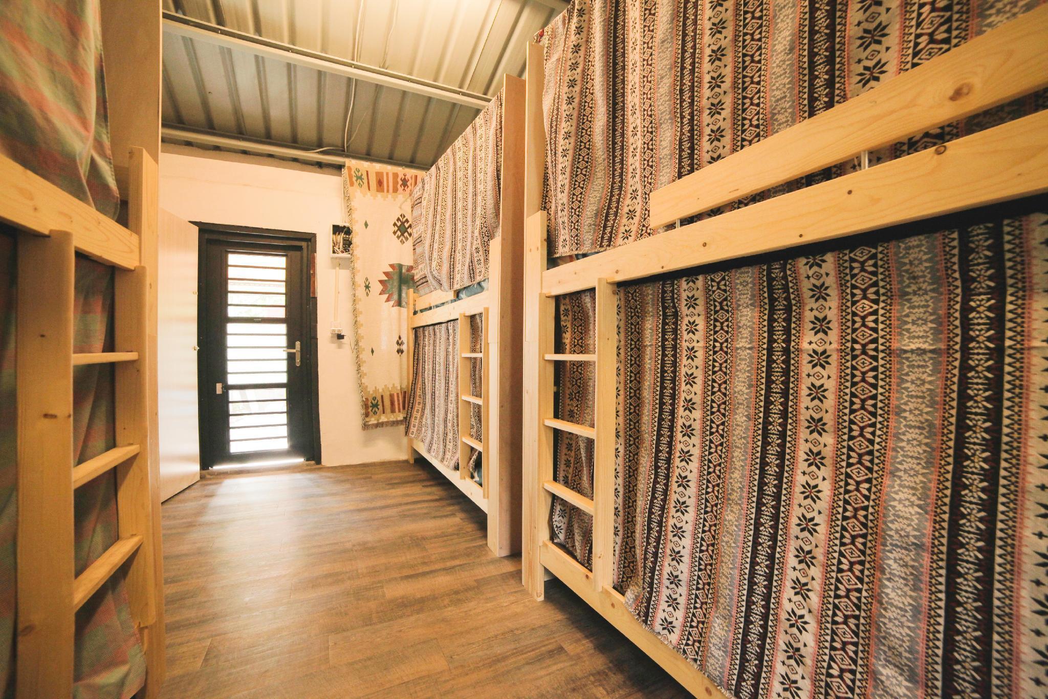 Jinzun Surf House   Dormitory