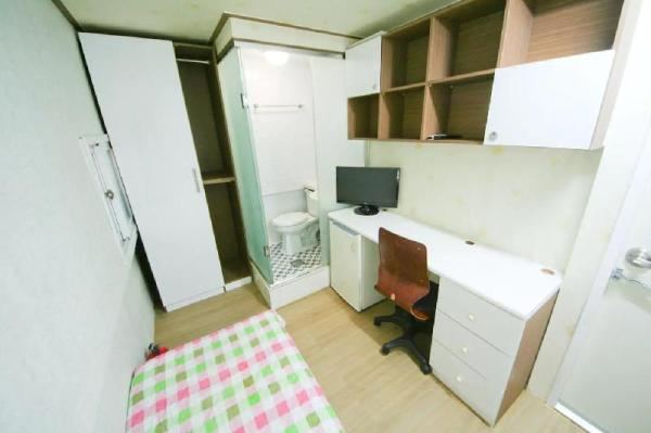 Single room #1, Sinsa Station Seoul
