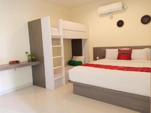 1 BR Family Room + Brkfst @(19)Seminyak Bali