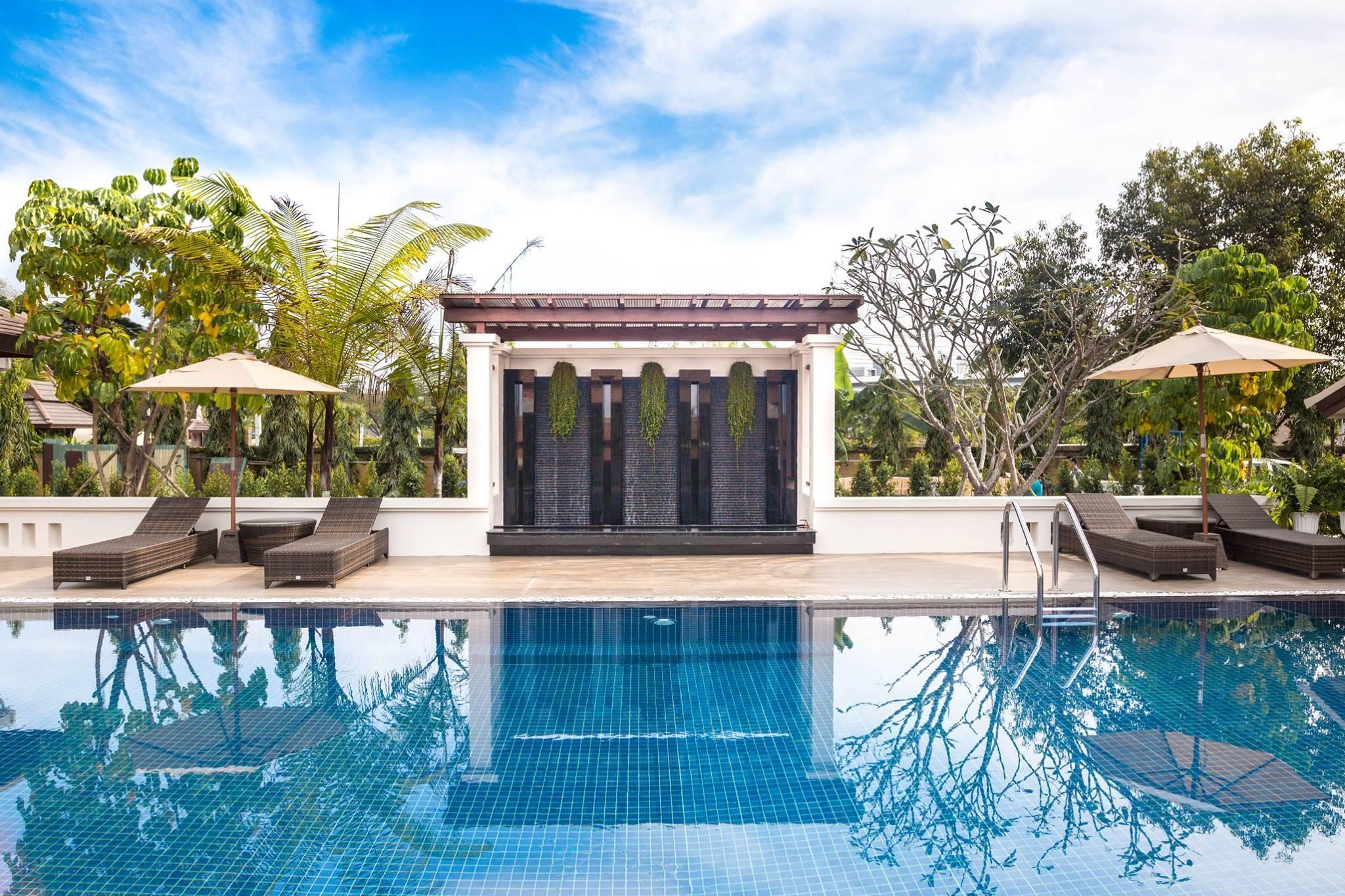 The Country Cosmo Villa 20BR w/ Pool & Breakfast วิลลา 20 ห้องนอน 20 ห้องน้ำส่วนตัว ขนาด 6400 ตร.ม. – หางดง