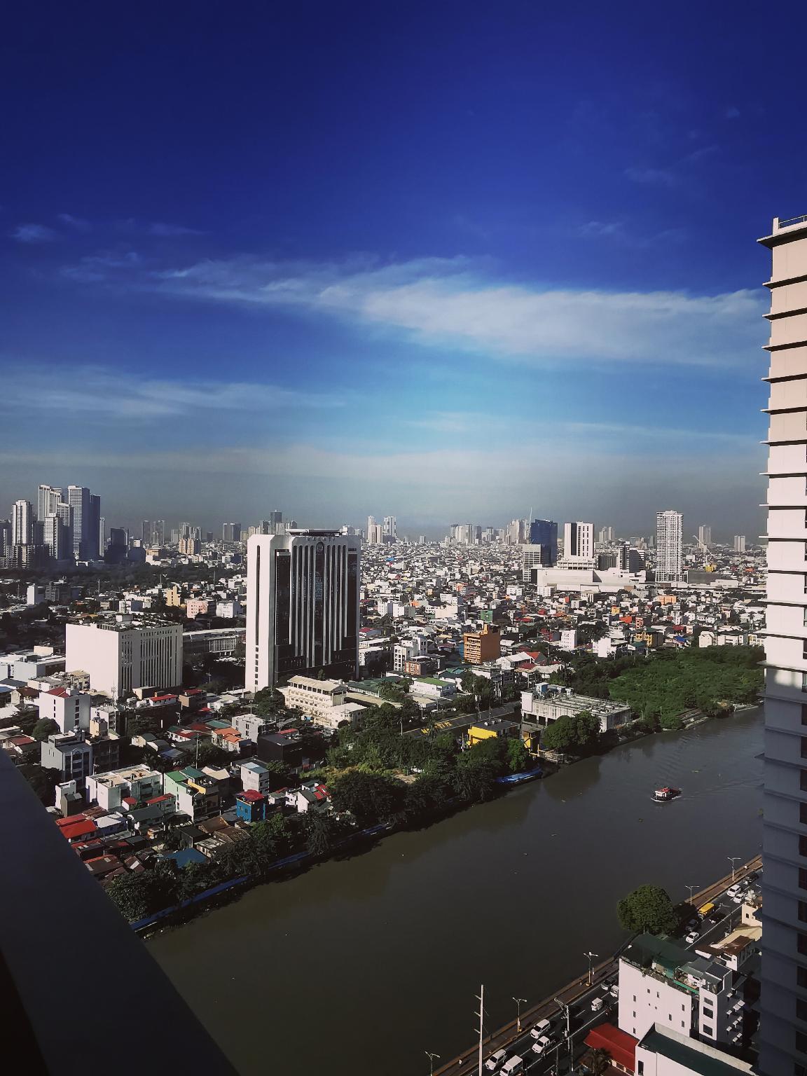 3415 HoliStay Manila 1Bedroom W  NETFLIX And Balcony