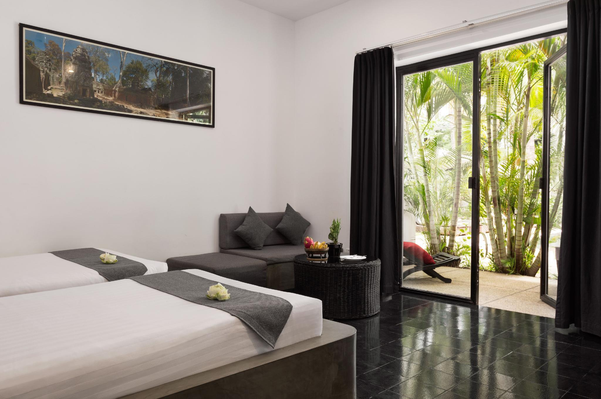 Private Deluxe Twin  Room 108    Free Breakfast