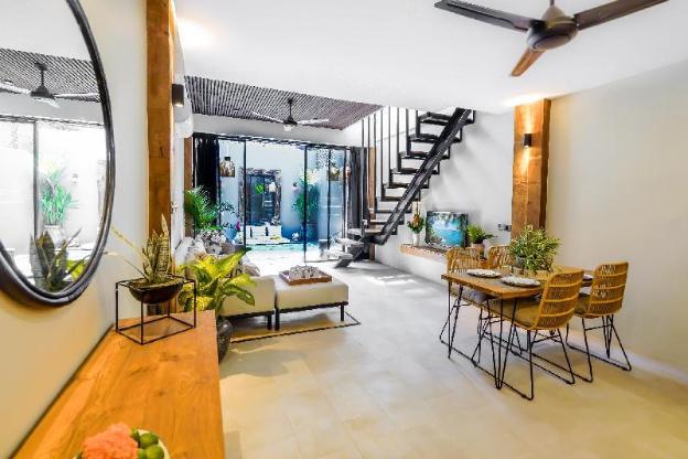 Helena's Apartment