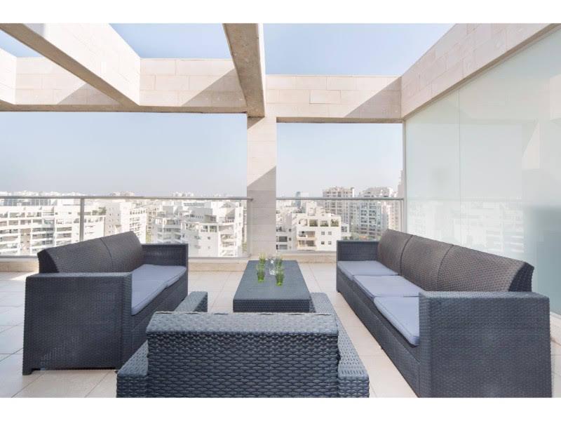 Luxurious Ramat Aviv 3 Bd With AMAZING Balcony