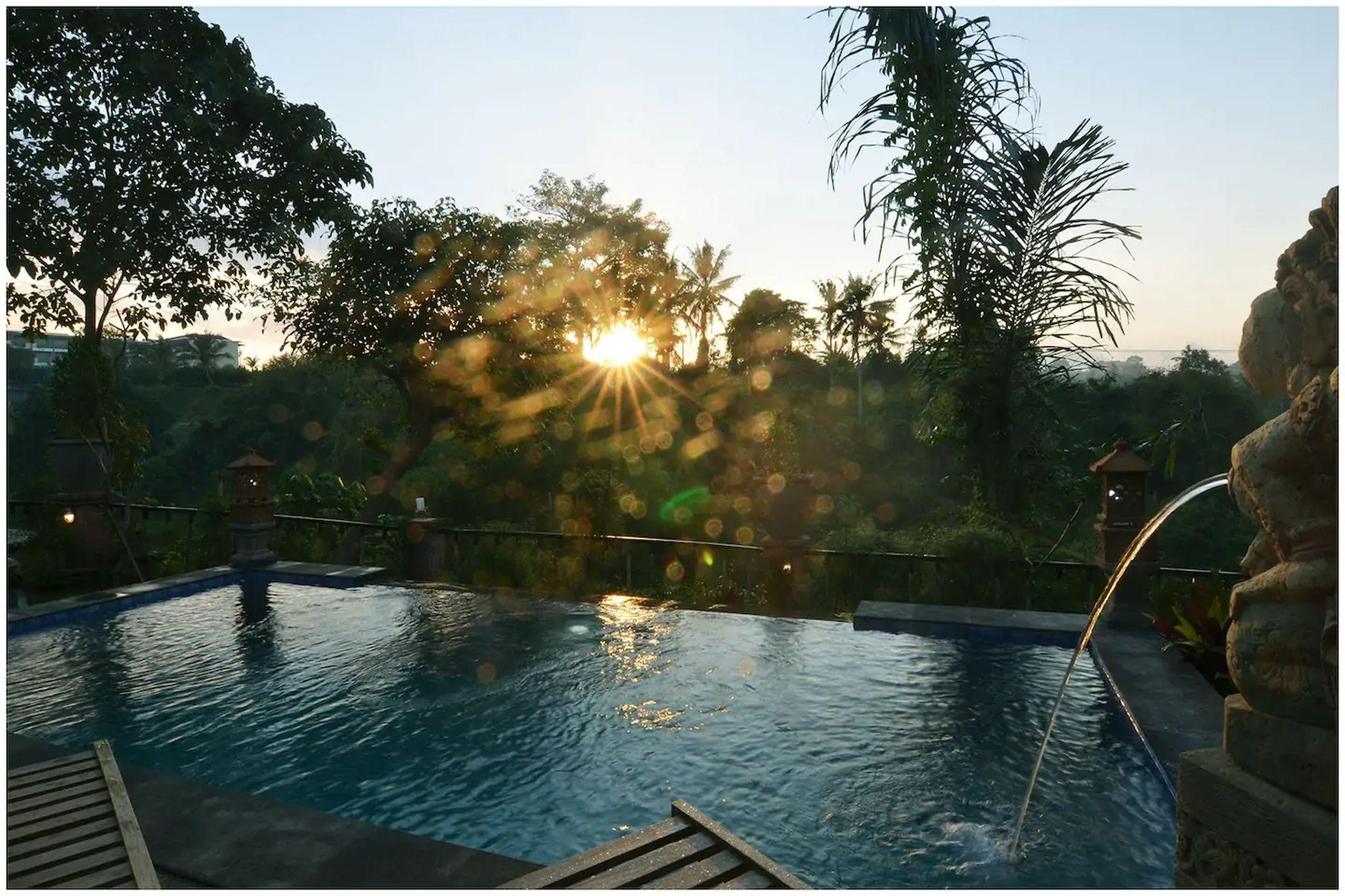 Ubud River View House With Unlimited Swing