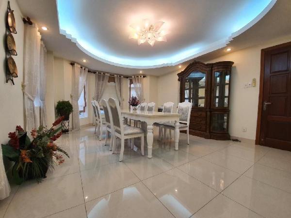 Secret Garden Full villa(Sauna, big pool) Ho Chi Minh City