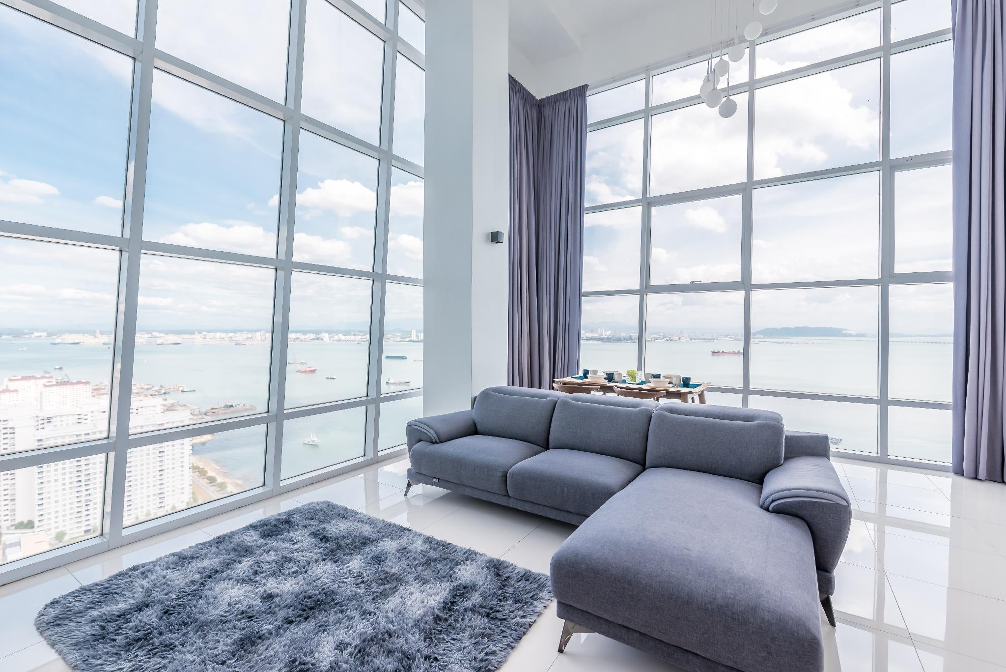 Maritime Luxury Penthouse Suite By The Sea