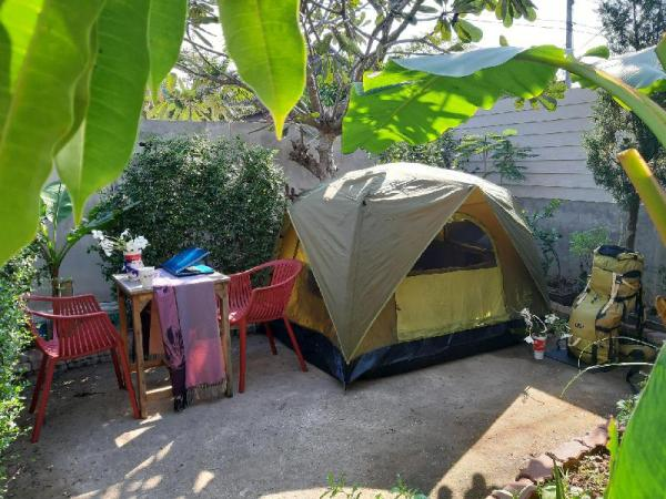 Mj Tent 1or2 Person in my yard. Chiang Mai