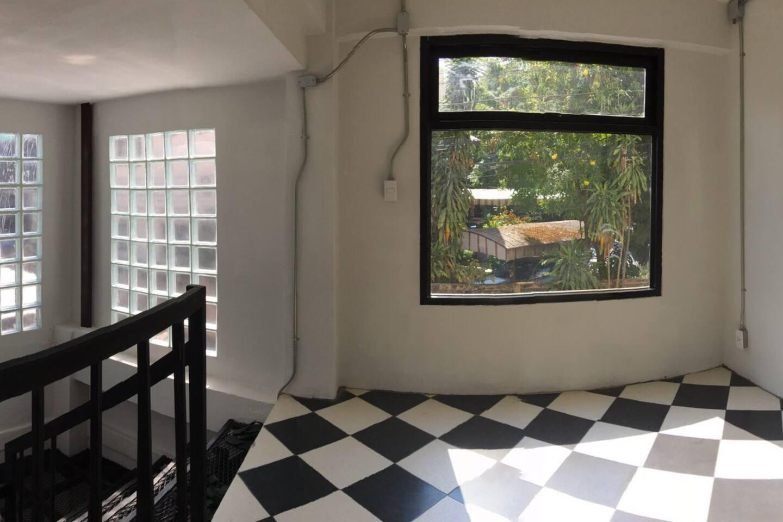 S2  Single Room W Bathroom Right In Chingmai City