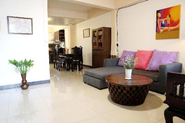 Private Townhome (Riverside & Night Bazaar Area) Chiang Mai