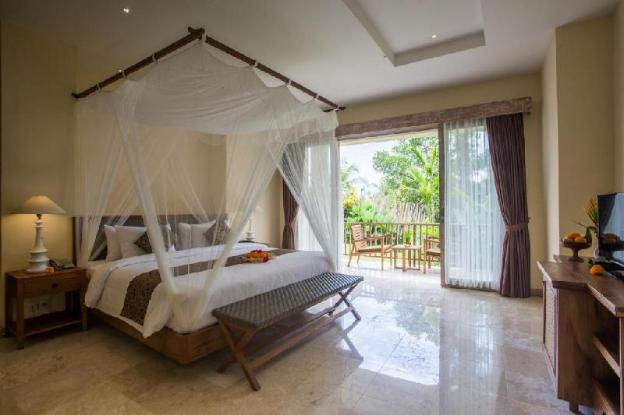 Suite Room with Garden View at Ubud