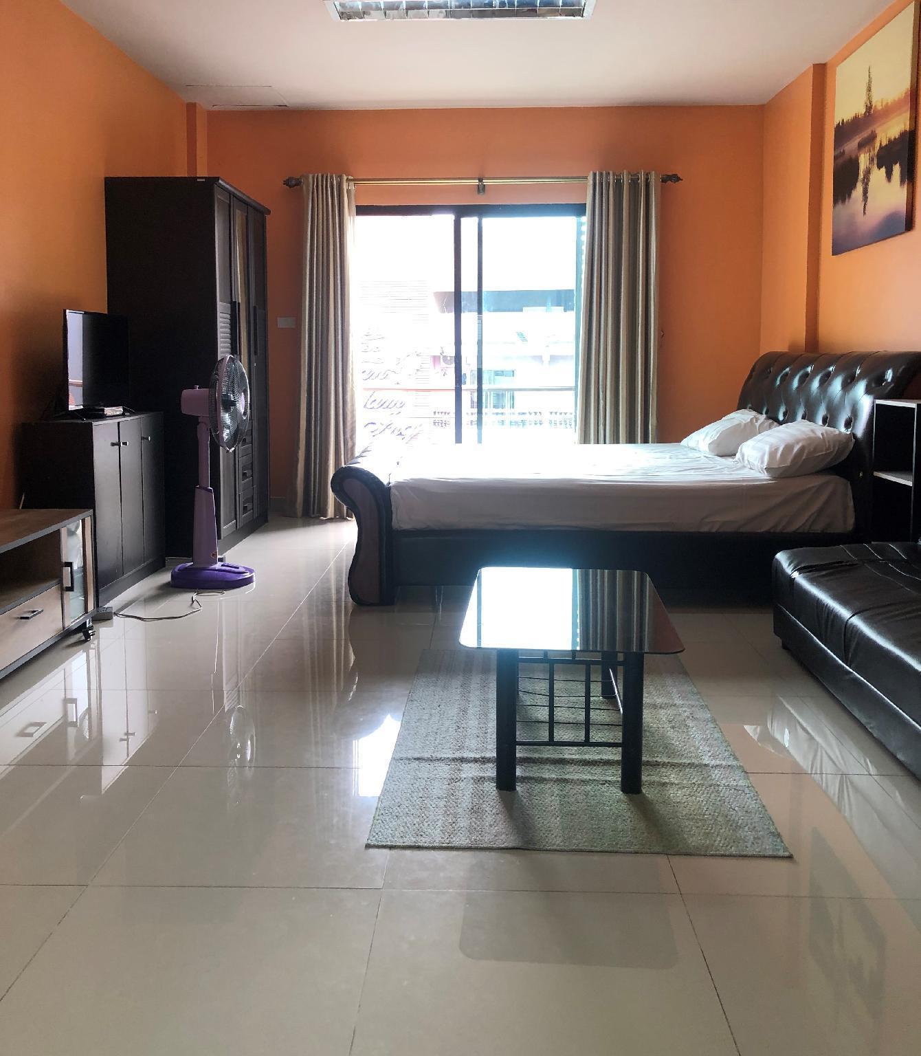 StarMax Guesthouse, Soi Buakhao, Pattaya, Room 3 อพาร์ตเมนต์ 1 ห้องนอน 1 ห้องน้ำส่วนตัว ขนาด 45 ตร.ม. – พัทยากลาง