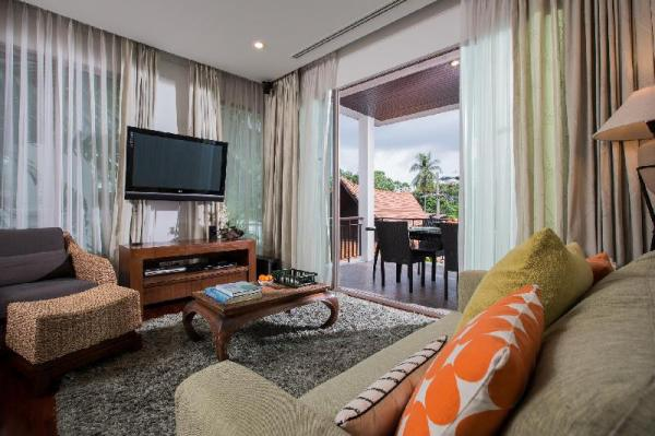Kata gardens 2 bedroom near beach 3B  Phuket