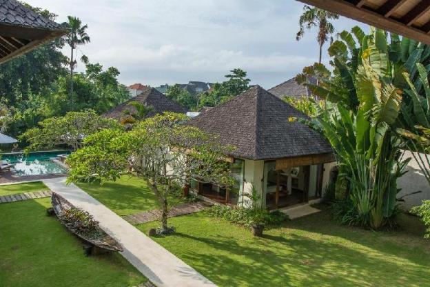 5 Bedroom Garden Villa with Pool at Nelayan