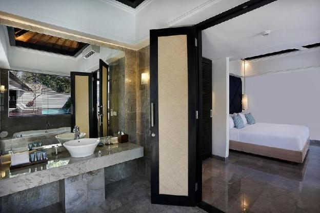 3 Bedroom Royal Pool Private Villa - Breakfast