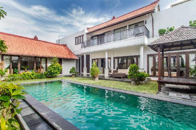 Private Villas with Kitchen, POOL & PET FRIENDLY