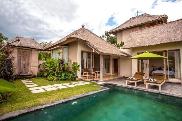 Atta Two Bedroom Pool Villa - Breakfast