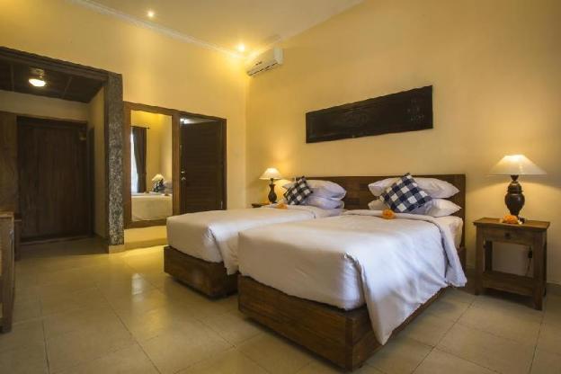 Capung Two Bedroom Ubud - Breakfast