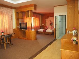 [市内中心部]アパートメント(32m2)| 1ベッドルーム/1バスルーム Executive suite +amazing pool near Chaiyaphum town