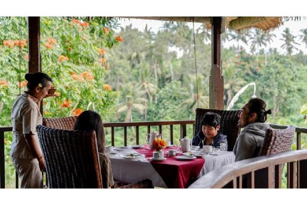 2BR Family Pool Villa with Valley View - Breakfast