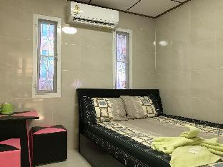 [ペッチャブリー]一軒家(16m2)| 8ベッドルーム/6バスルーム Familyhouse&Resort