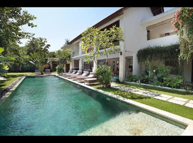 Larger Private Pool & 4BR Luxury Family Room