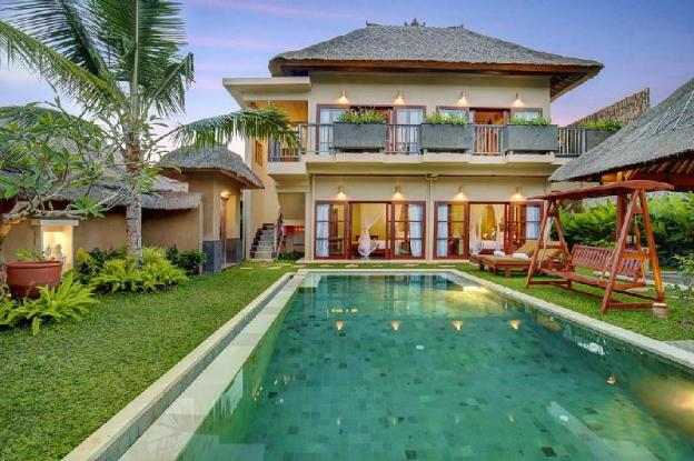 4 Bedroom Pool Villa - Breakfast