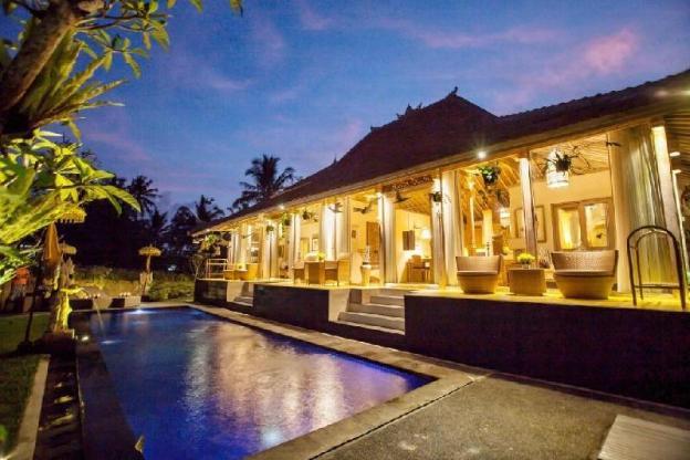 3BR Beautiful Villa Surrounding with Rice Paddies