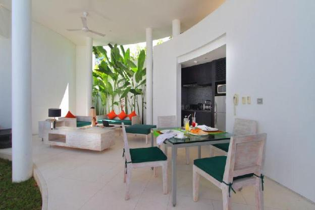 2BR Private Pool Ad Breakfast