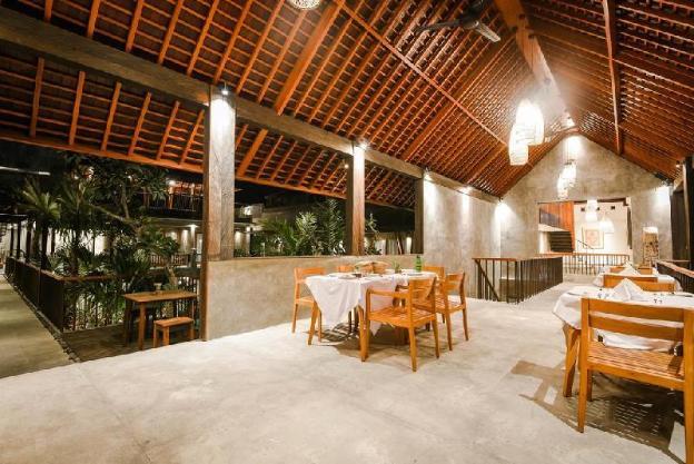 1 BR Purana Suite Room and Breakfast