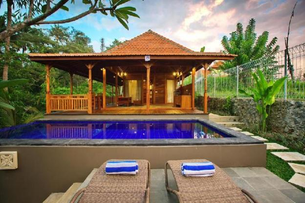 1 BR Villa with Private Pool- Breakfast