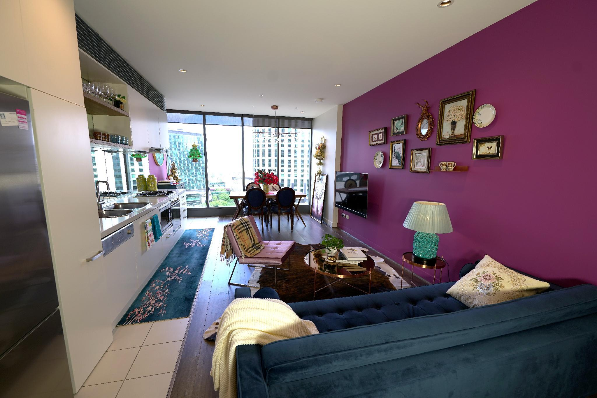Luxury 2BRMS Apartment with Yarra Rive View