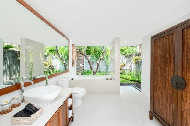 Exclusive 1BR Private Pool