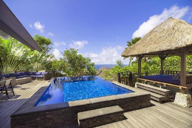 4 BR Grand Pool Villa+Brkfst @Jimbaran