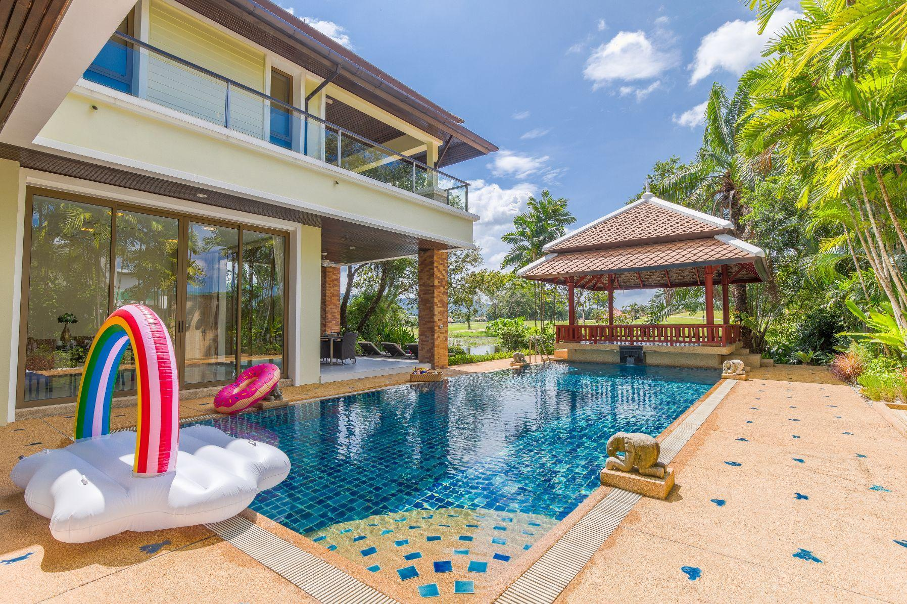 Luxury bliss golf & lagoon view private pool villa