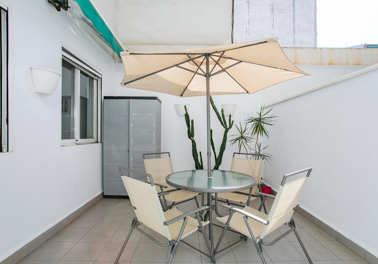 LOVELY TERRACE/modern flat near SagradaFamilia