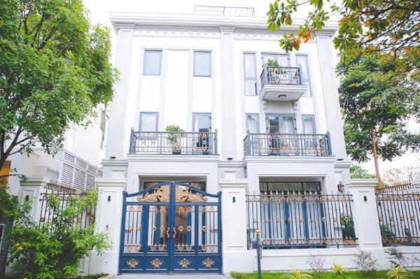 Luxury Pool Villa 2 Ho Chi Minh City