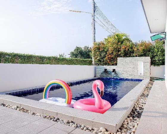 ban102huahin pool villa Hua Hin