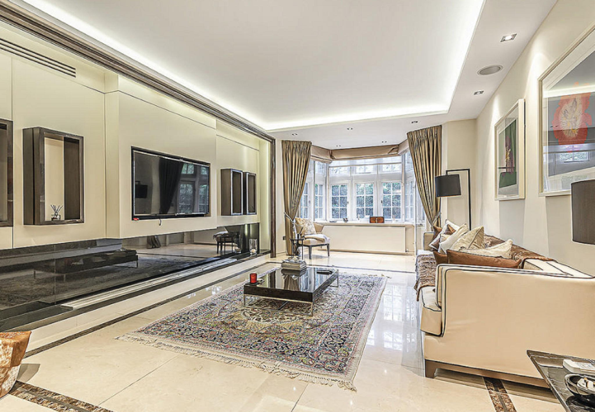 Luxurious Apartment Central 4 Bedroom