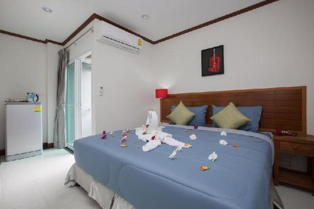 อพาร์ตเมนต์ 2 ห้องนอน 1 ห้องน้ำส่วนตัว ขนาด 80 ตร.ม. – ป่าตอง – phuket derton house