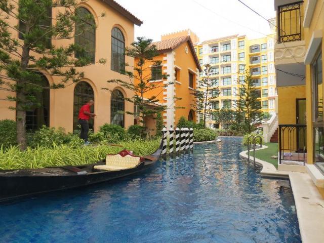 อพาร์ตเมนต์ 1 ห้องนอน 1 ห้องน้ำส่วนตัว ขนาด 32 ตร.ม. – นาจอมเทียน – Venetian Jomtian Condo Pool Access