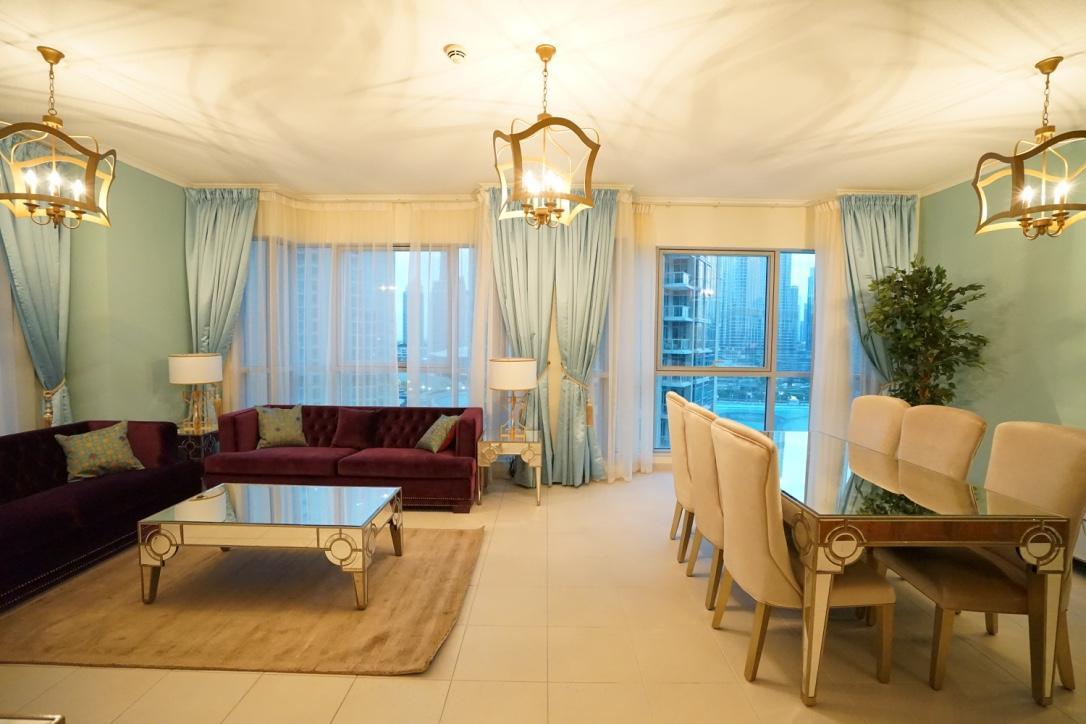 Luxury Room Burj Khalifa View  2BR Near Dubai Mall
