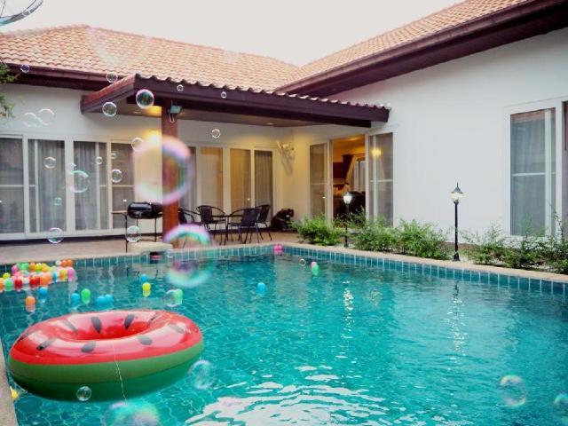 3 ห้องนอน 3 ห้องน้ำส่วนตัว ขนาด 350 ตร.ม. – เขาพระตำหนัก – The beach pool villa