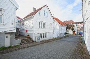 Фото отеля Charming house from 1880 in Stavanger City Centre